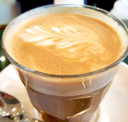 Lavender Latte at Cafe Medina | tryhiddengems.com