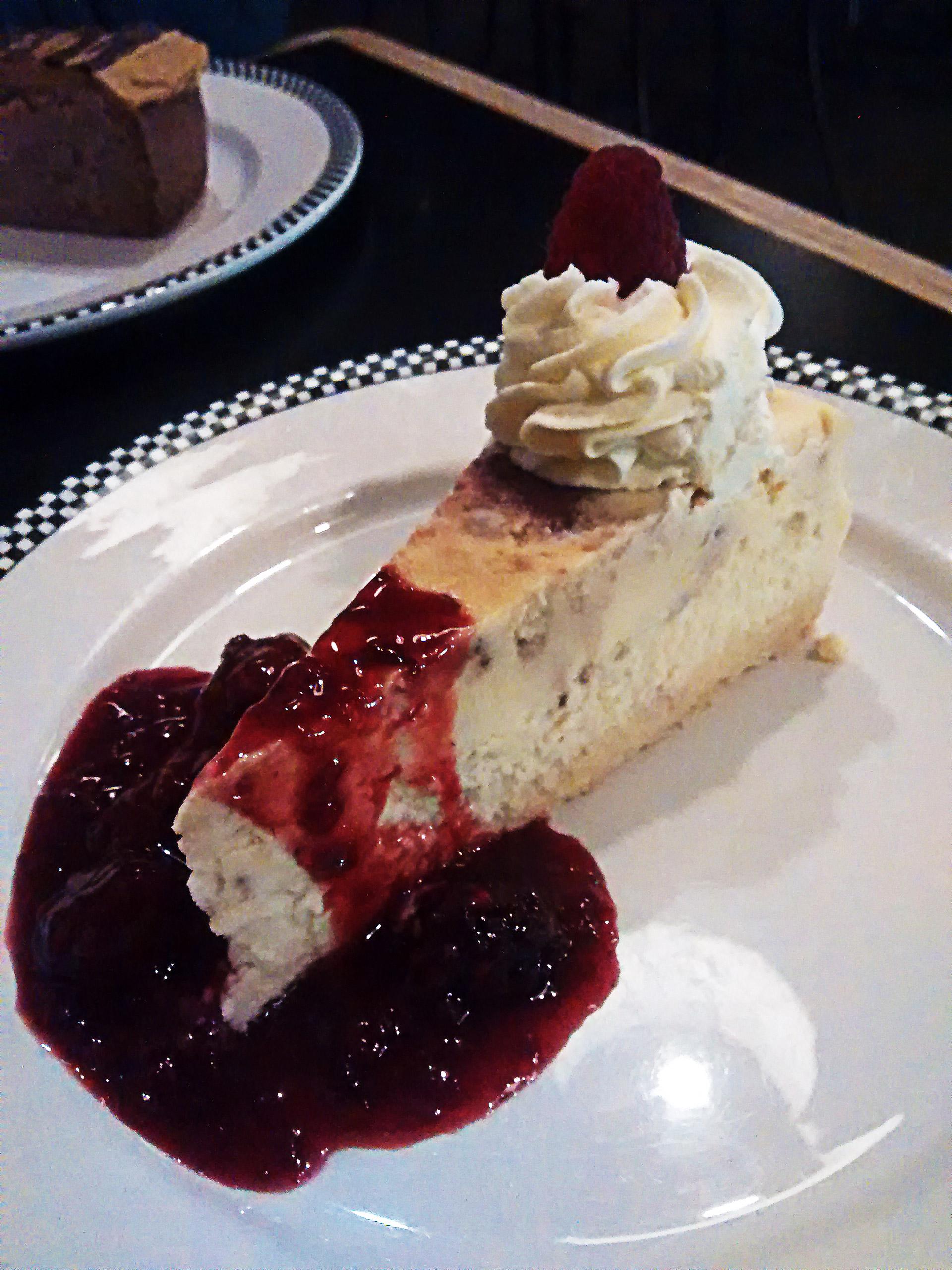 Creamiest Crustless Cheesecake | Hidden Gems Vancouver