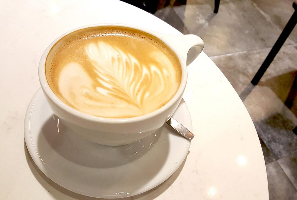 Americano Misto at W Cafe | tryhiddengems.com