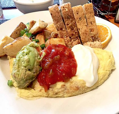 Mexican Omelet at Cindy's | tryhiddengems.com