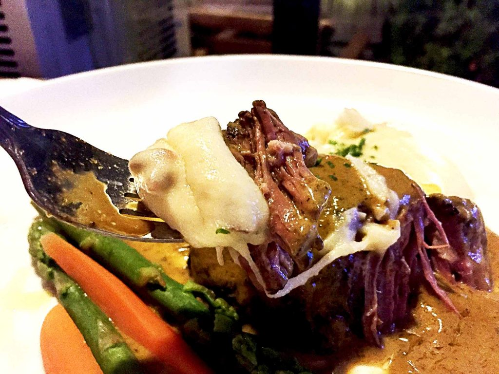 7-Hour Braised Beef at Tour de Feast | tryhiddengems.com