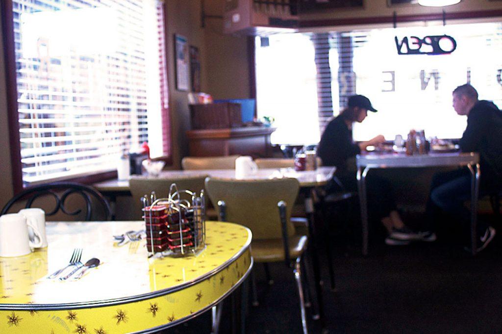 Hilltop Cafe - Diner in Vancouver