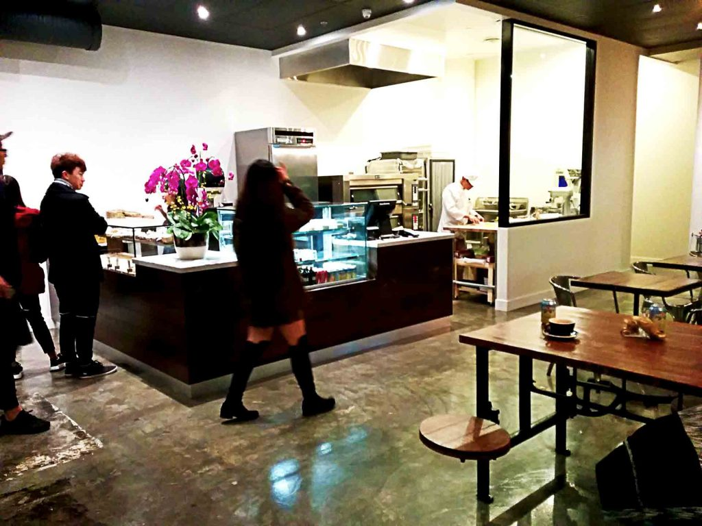 3 Quarters Full Cafe - Taiwanese Pastry Shop - Vancouver