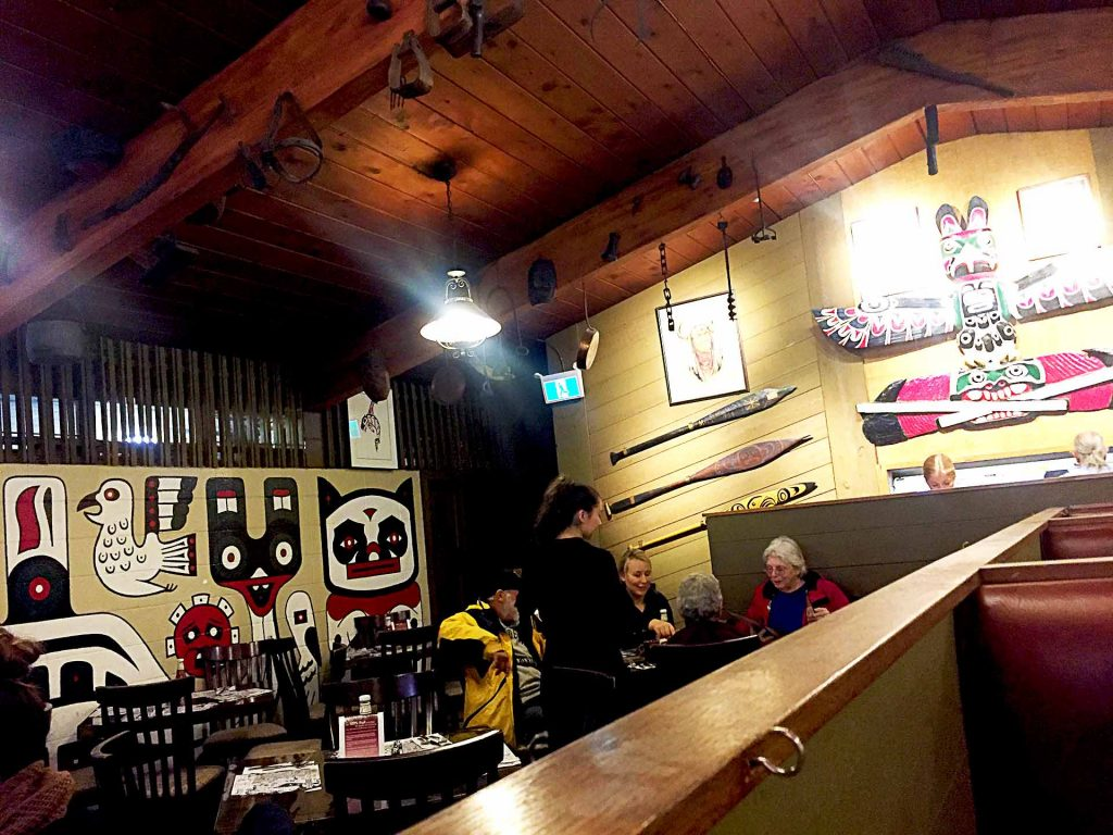 Tomahawk Barbeque - American Restaurant - North Vancouver - Vancouver