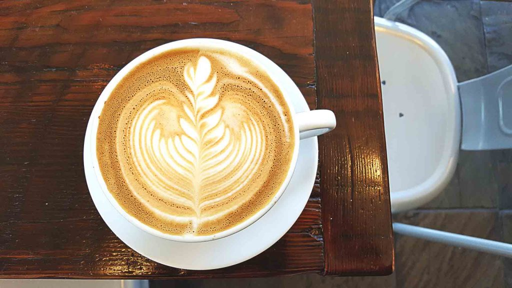 Latte at Cafe Crema | tryhiddengems.com