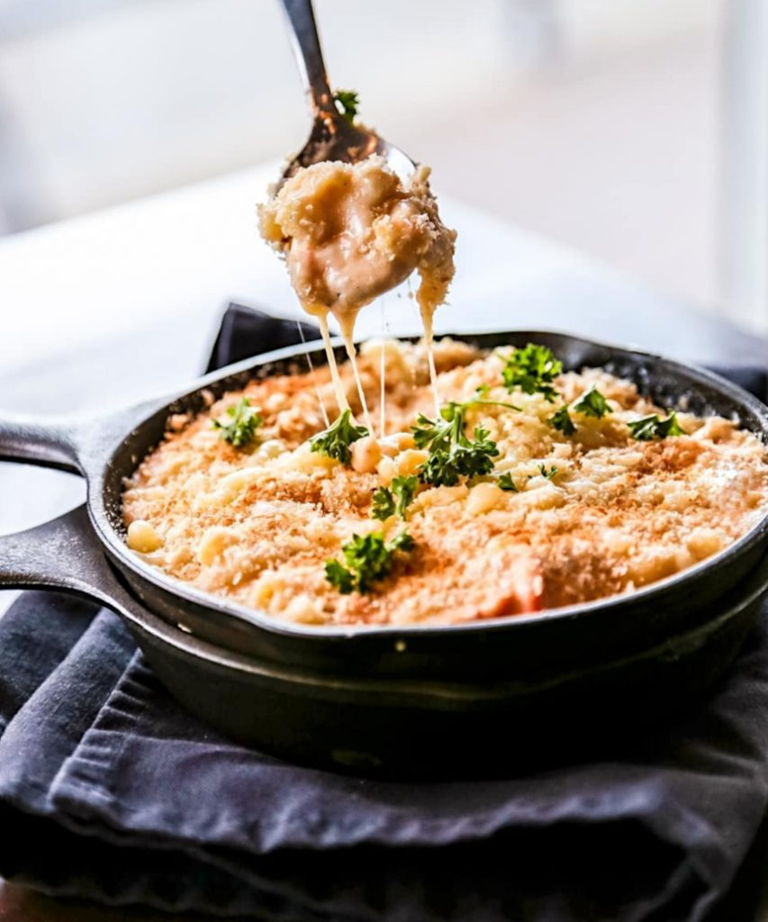 Lobster Mac + Cheese at ONYX Restaurant | Hidden Gems Vancouver