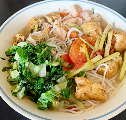 Vermicelli Crab Meat with Shrimp (Bun Rieu Cua Tom) at Viet Mama Cafe | Hidden Gems Vancouver
